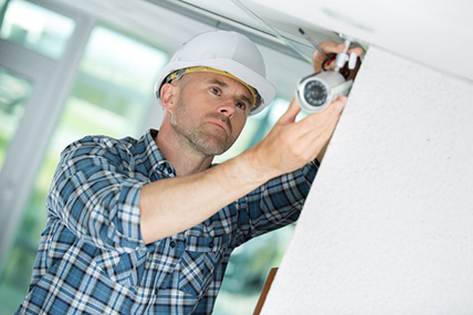 Wesley Chapel Man Installing Surveillance Camera Systems